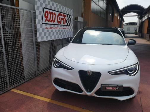 Alfa Stelvio 2.0 turbo benzina Q4 powered by 9000 Giri