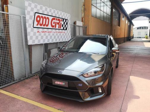 Ford Focus Rs powered by 9000 Giri