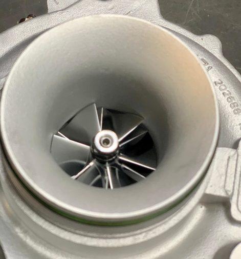 Bmw X1 23d powered by 9000 Giri