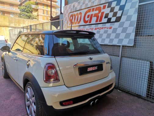 Mini Cooper S r56 powered by 9000 giri