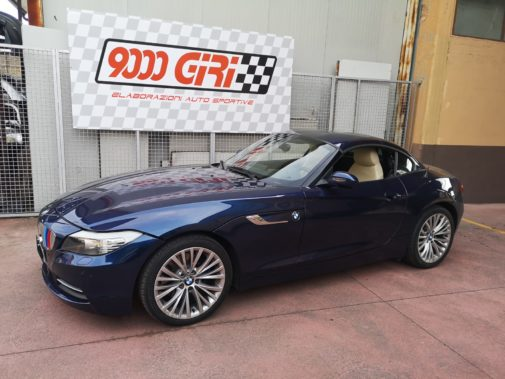 Bmw Z4 3.0 24v powered by 9000 Giri