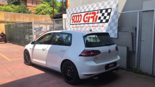 Vw Golf 7 gti powered by 9000 Giri