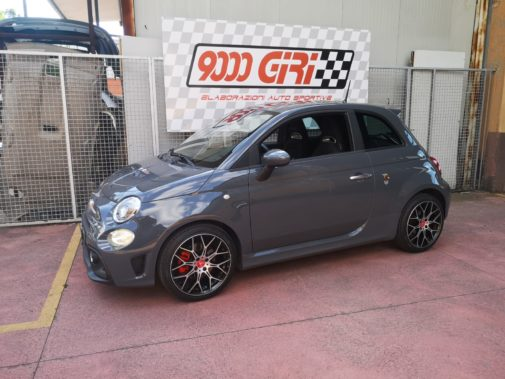 Fiat 500 Abarth 595 Pista powered by 9000 Giri