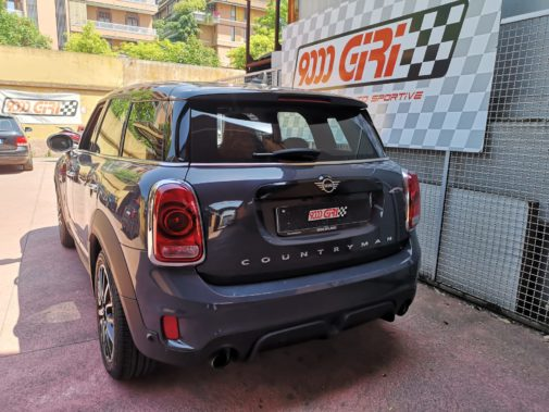 Mini Countryman Cooper S Jcw powered by 9000 Giri