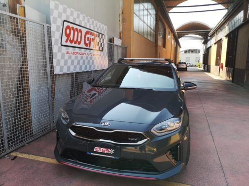 Kia Ceed 1.6 Gt powered by 9000 Giri