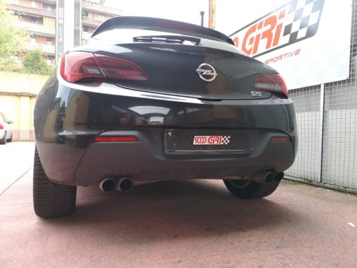Opel Astra Gtc powered by 9000 Giri