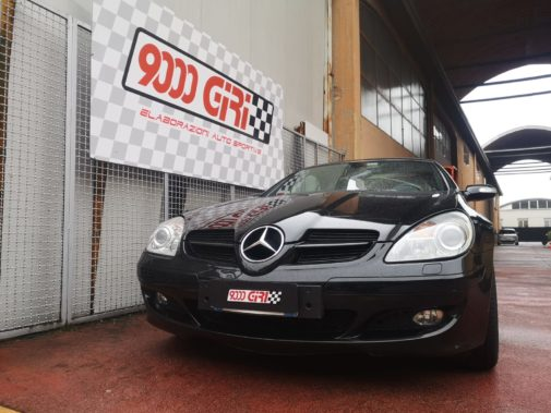 Mercedes Slk 350 V6 powered by 9000 Giri
