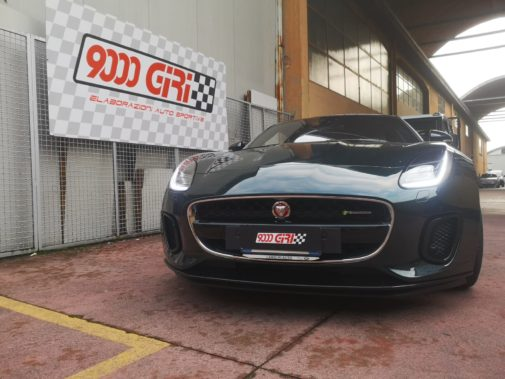 Jaguar F-Type 2.0 turbo powered by 9000 Giri