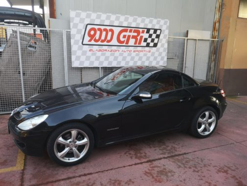 Mercedes Slk 200k powered by 9000 Giri