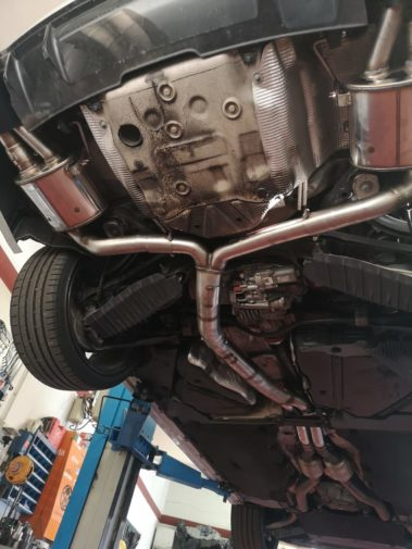Audi Rs5 powered by 9000 giri