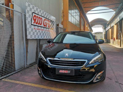 Peugeot 308 1.6 hdi powered by 9000 Giri