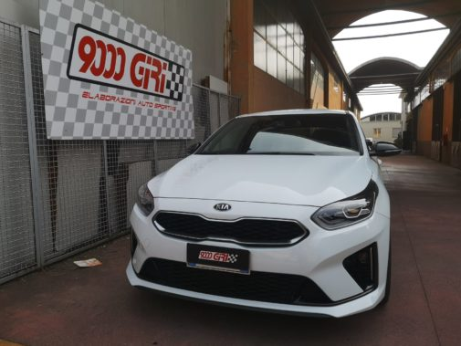 Kia Ceed 1.6 gdi powered by 9000 Giri