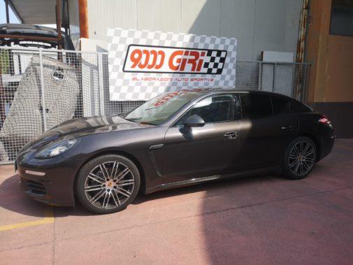 Porsche Panamera 3.0 td powered by 9000 Giri