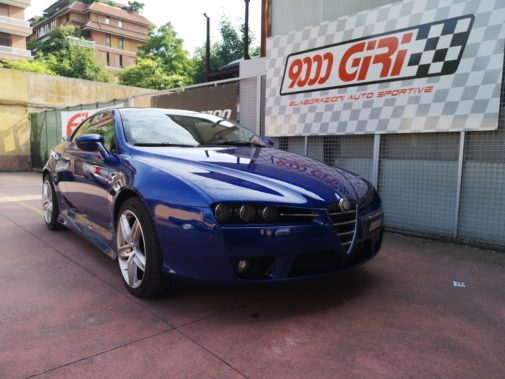 Alfa Romeo Brera 3.2 V6 powered by 9000 Giri
