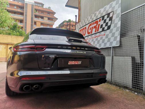 Porsche Panamera 4.0 Turbo Hybrid powered by 9000 Giri