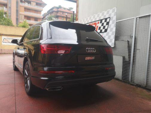 Audi Q7 3.0 tdi powered by 9000 Giri