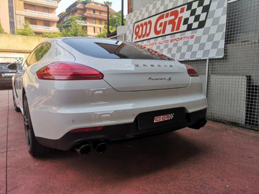 Porsche Panamera 3.0 tdi powered by 9000 Giri